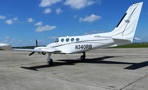 Cessna 40